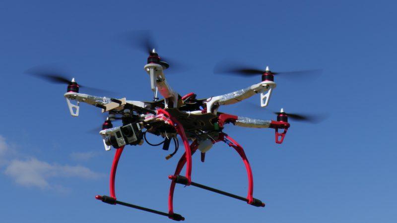špeciálny dron